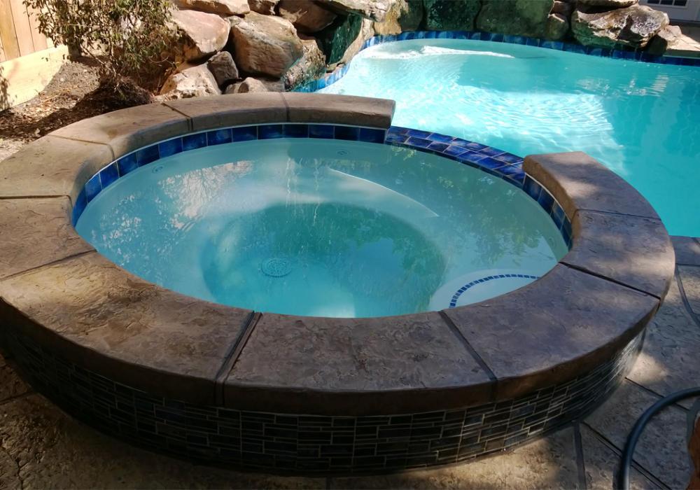 Custom-Pools-003